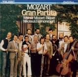 MOZART - Harnoncourt - Sérénade n°10, pour instruments à vent en si bémo