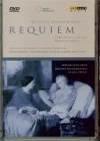 MOZART - Abbado - Requiem pour solistes, chœur et orchestre en ré mineur