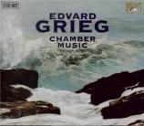 GRIEG - Raphael Quartet - Musique de chambre (Intégrale)